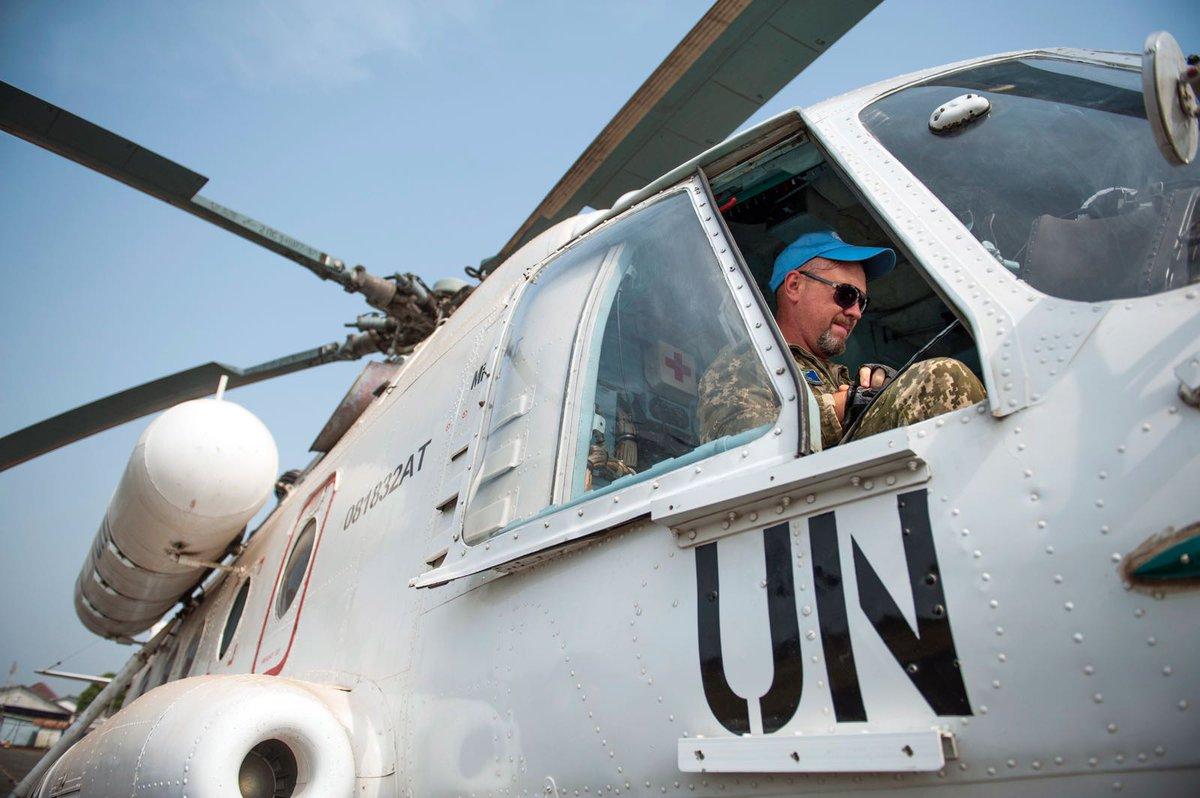 📷 : Les hélicoptères de @UNMILNews effectuent des patrouilles aériennes pour traquer les plantations illégales de cannabis.  Pendant 15 ans, la Mission de l'ONU au Libéria a aidé à rétablir la sécurité & l'État de droit. Elle ferme le 30 mars 2018 https://t.co/BZLI4D40iz