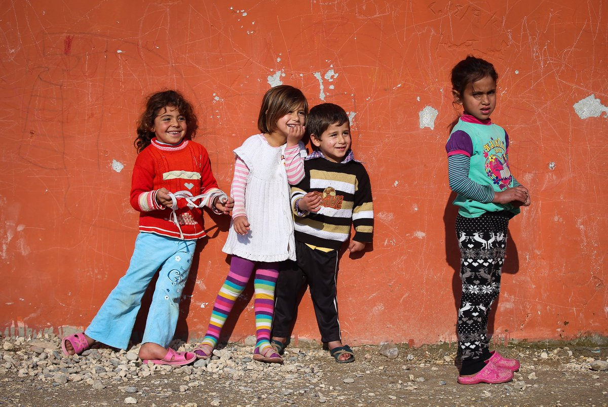 There are nearly 1 million school-aged Syrian refugee children who found refuge in #Turkey. Over 60% are enrolled in school - a twofold increase from previous year. Aim is to reach 100%.