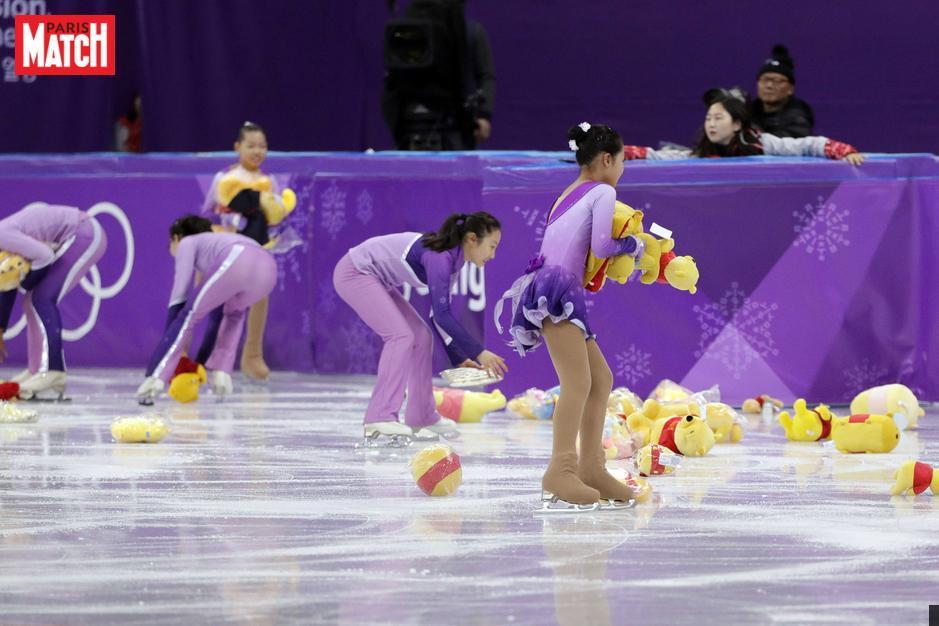 JO d'hiver - Il pleut des Winnie l'Ourson sur la glace de Pyeongchang https://t.co/kXKnv9CNLH