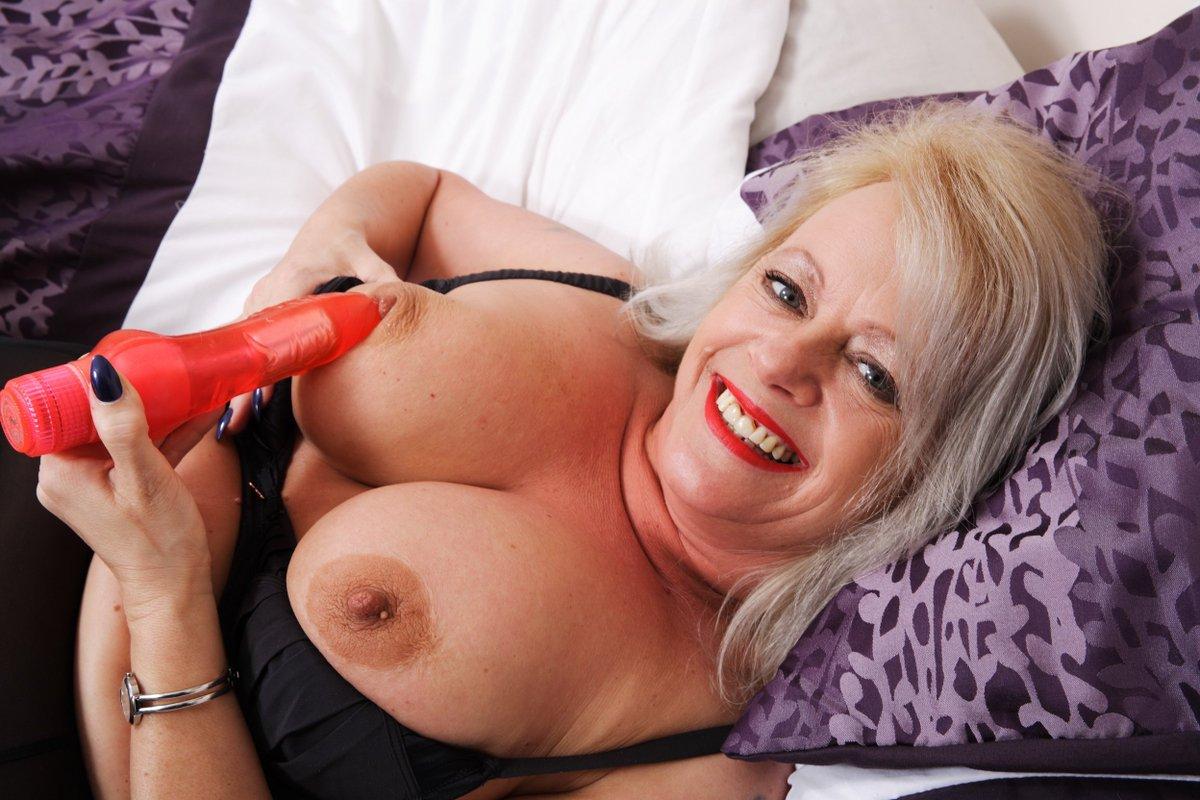 Lovely english mature women pics