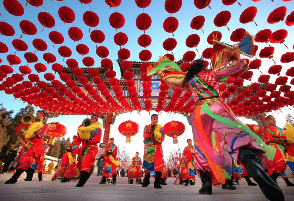 Here are 15 awesome #travelpics of #ChineseNewYear celebrations around the world. bit.ly/2jlvQFj #YearoftheDog2018