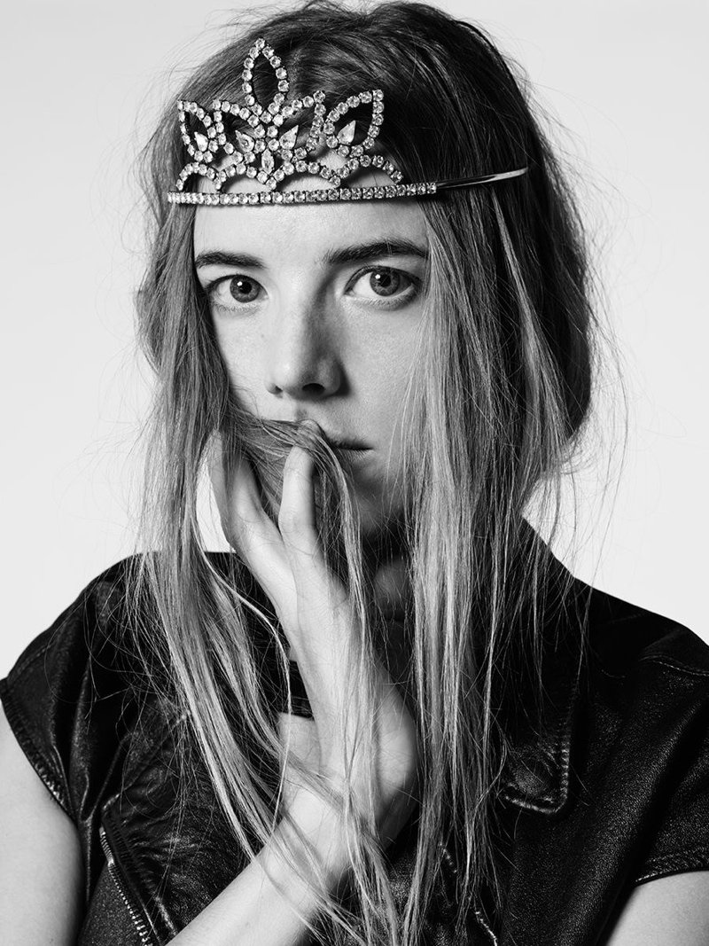 A very Happy Birthday to Agyness Deyn who ranks on our Global Fashion Model List