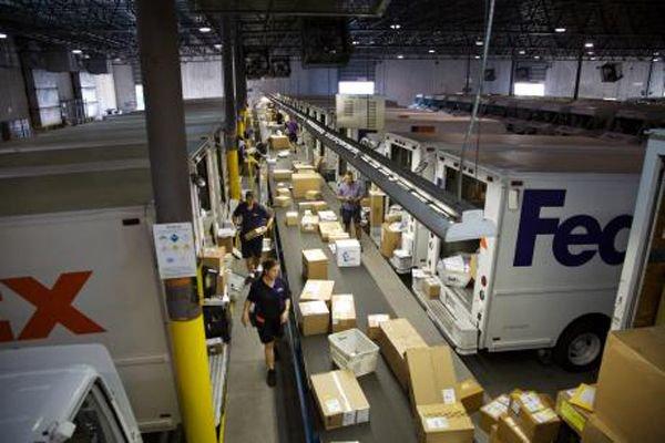 FedEx locks down unsecured Amazon S3 server that leaked customer data https://t.co/LlcA7SId2L