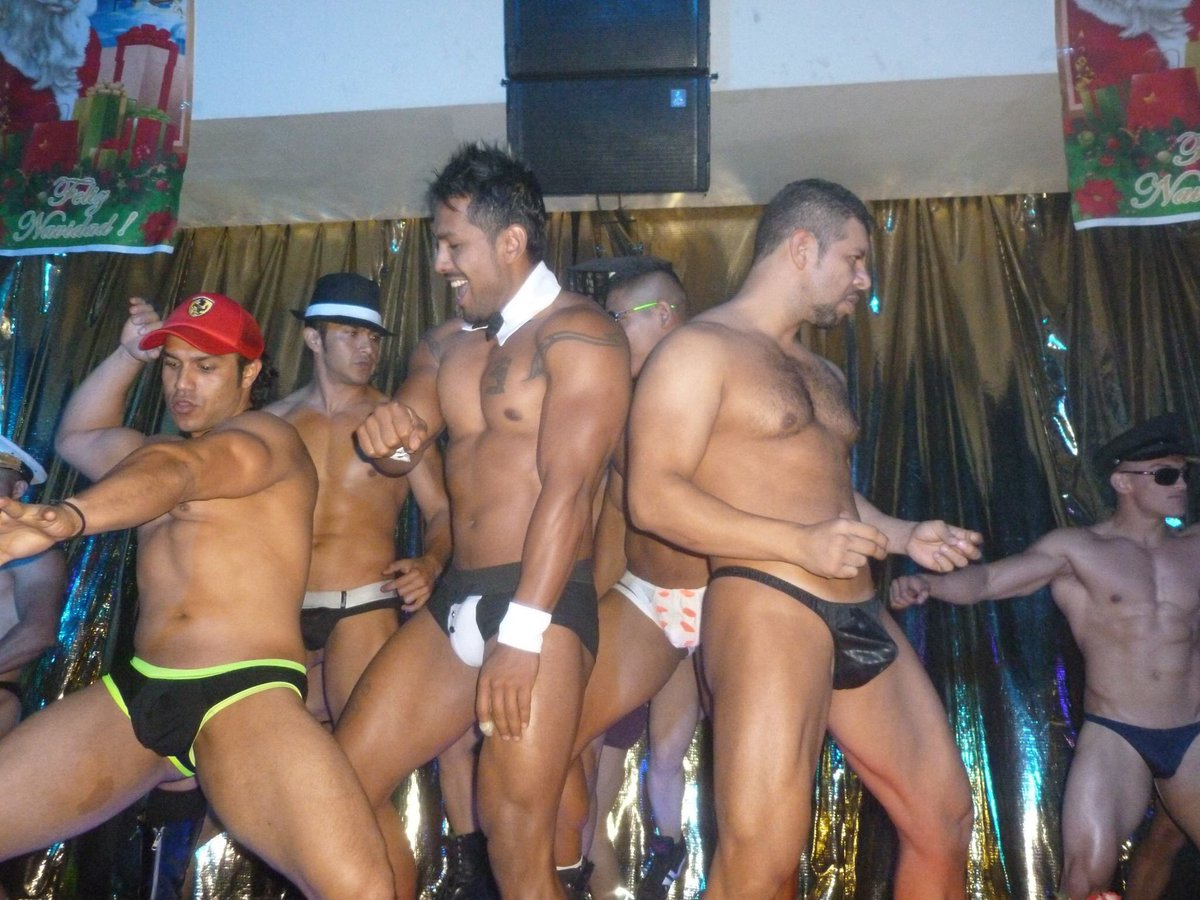 strippers hot