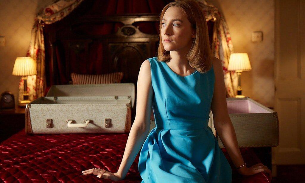 On Chesil Beach, l'adaptation du roman d'Ian McEwan, avec Saoirse Ronan DWL6U30XkAEm2_r