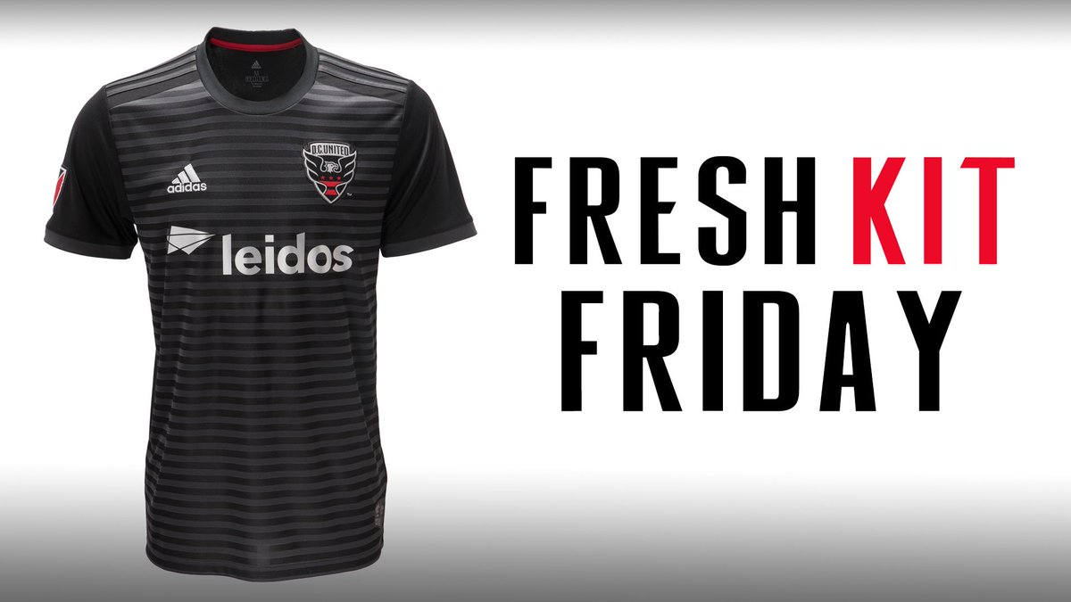 Celebrating fresh kit Friday by giving away one replica jersey! RT and follow to win.   #DCU ⚫️🔴