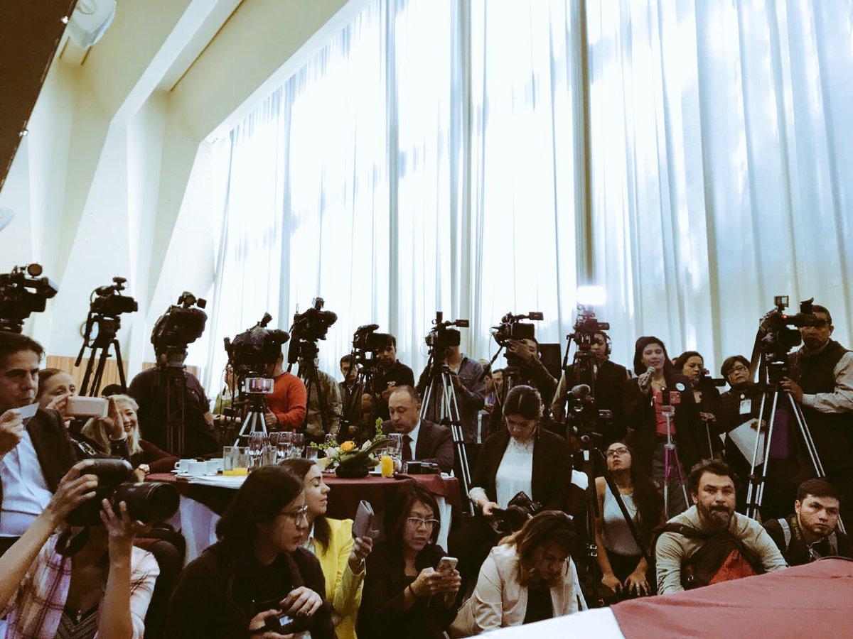 Agradezco a los medios de comunicación su presencia y la apertura al diálogo en nuestro primer encuentro