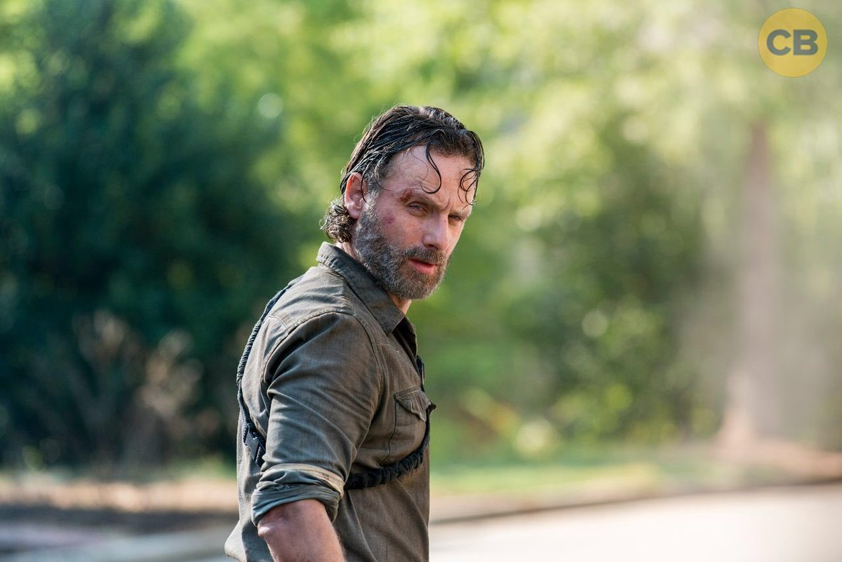 We have new images from #TheWalkingDead...