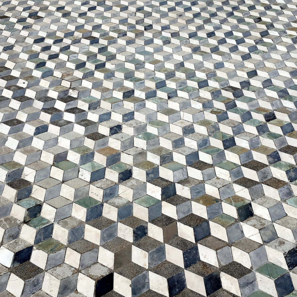 Michel lara on twitter a wonderful detail of the floor tiles in 0 replies 11 retweets 41 likes dailygadgetfo Image collections