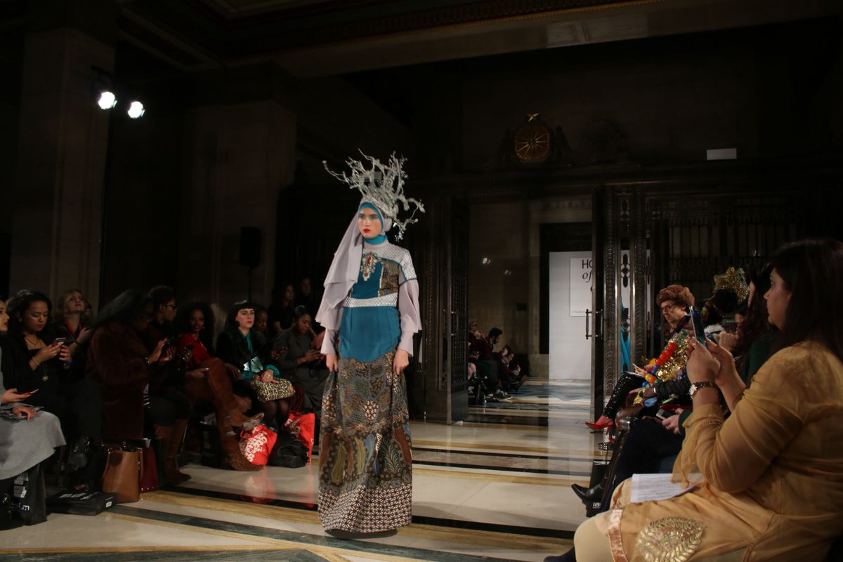 Indonesian Embassy London On Twitter Indonesia Fashion Industry Continues To Expand Its Wings To The International Scene W Indonesia Modest Fashion Designer Showcasing Their Collection Fashionscout London 2018 Tonight Each Of The Designers