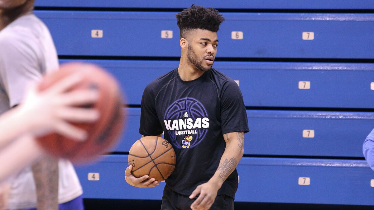 Our guy @FrankMason0 popped by practice...