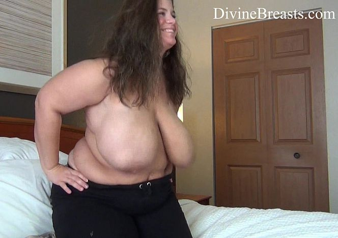 Hayley #bbw Bouncing in Bed see more at https://t.co/x5NYtw257e https://t.co/M2zwkU377N
