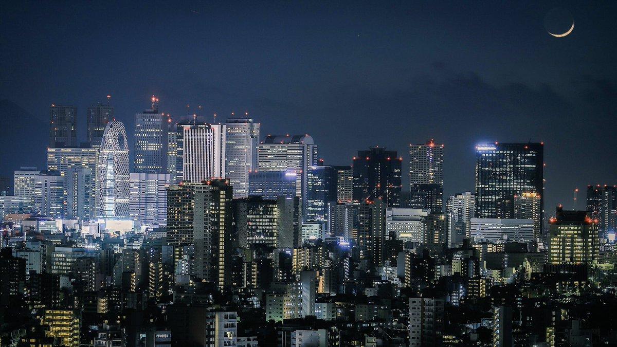自分史上最高に新宿の夜景を綺麗に撮れたので見てください…!