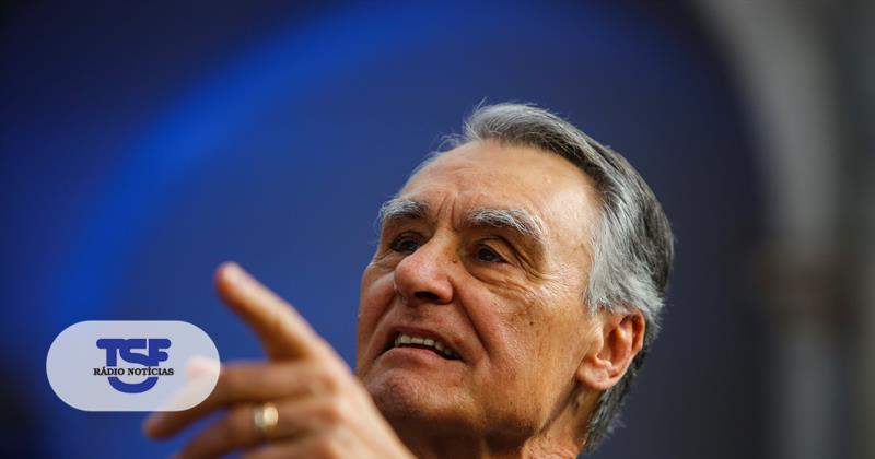 #Politica Cavaco elogia Rio, Passos e António Costa https://t.co/JqIKWMsA55 Em https://t.co/MDmhqgtnSp