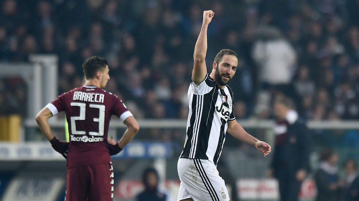 #DerbyDellaMole ⚪️⚫️   Lultima volta che @G_Higuain ha giocato #TorinoJuve allOlimpico... ⚽️⚽️