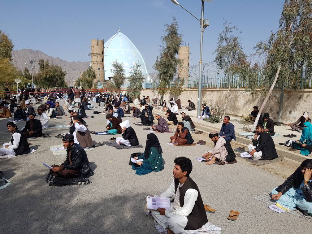 1.  Civil service& teachers' entry exam was conducted in Kandahar today. 2k applicants competed in this first-ever merit based CS & teacher exam. I am particularly proud of those female contestants who challenged the stereotype of thier role & showed up for the test.@IarcscGov