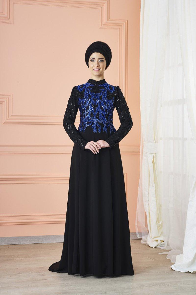 <--Leaf Embellished Black Evening Dress #muslimah #hijab #hijaber #hijabi #hijablover #eveninggowns #weddingwear #Hijabers #modeste #modest #muslimahdresses ...