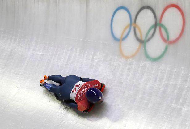 BREAKING: Lizzy Yarnold wins Team GB's f...