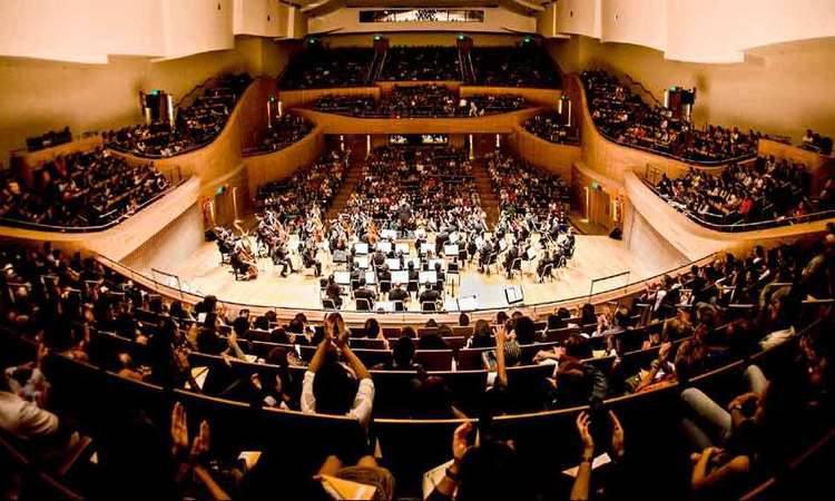 Na festa de 10 anos da Orquestra Filarmônica mineira, regente titular defende compromisso com qualidade https://t.co/aPOO4YVCiH