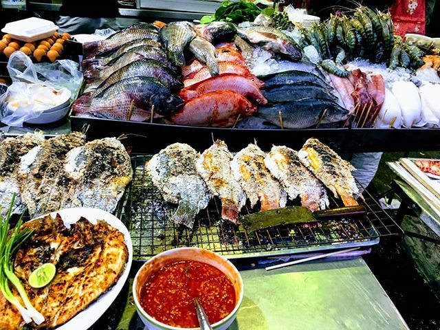 test Twitter Media - Fishy Fish!  #Thailand #Fish #StreetFood #Bangkok #SeaFood #Foodie #FoodLover #FoodBlogger #FoodPorn #Travel #travelife #travelersnotebook #travelblogger #traveler #Food #foodblog #ThaiFood https://t.co/NtWcJGflI5 https://t.co/DekoKaTA3x