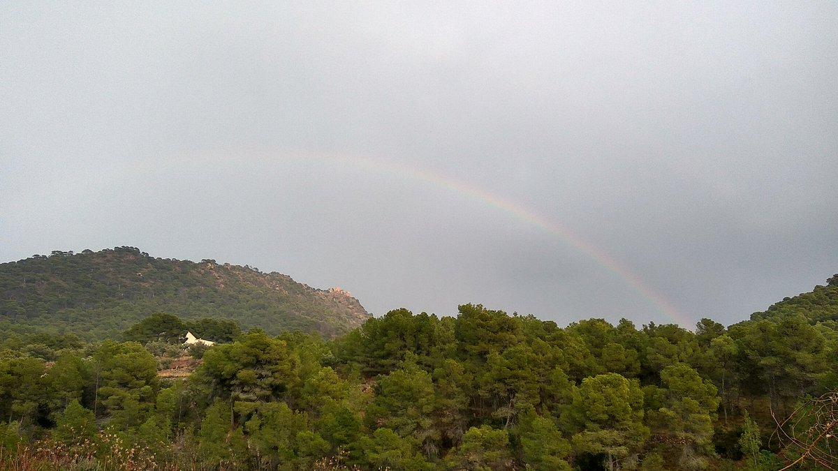Esta tarde desde Serra (#Valencia), con...