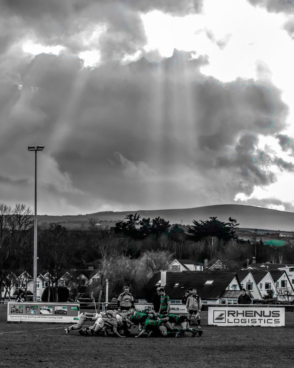 A cracking photo by one of our members at the game today #BlackBlueAndGreen @bruffrfc