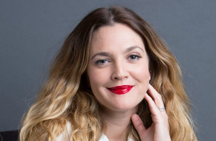 Drew Barrymore: 'I've never done anything to my face - and I want to keep it that way' https://t.co/u5g5qtfZIw
