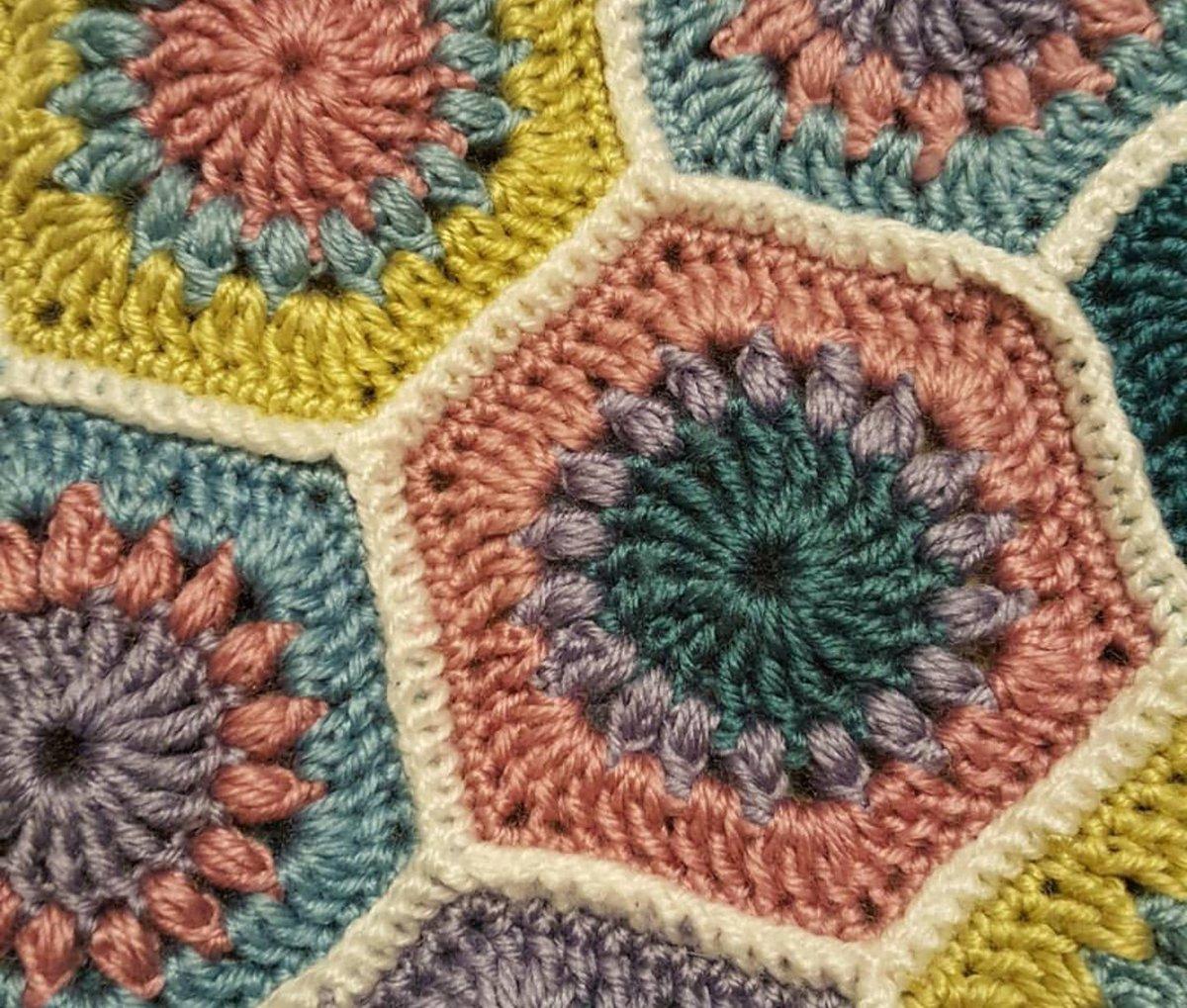 Jasmins Handarbeiten On Twitter Hexagon Grannysquare Blanket