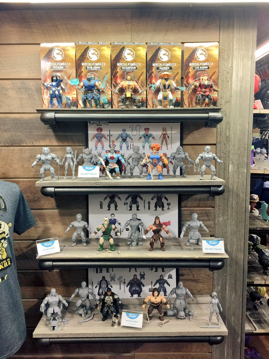 80 Toy Action Figure Shelves - DWRK_5zXkAYR56R_Must see 80 Toy Action Figure Shelves - DWRK_5zXkAYR56R  Pictures_974446.jpg