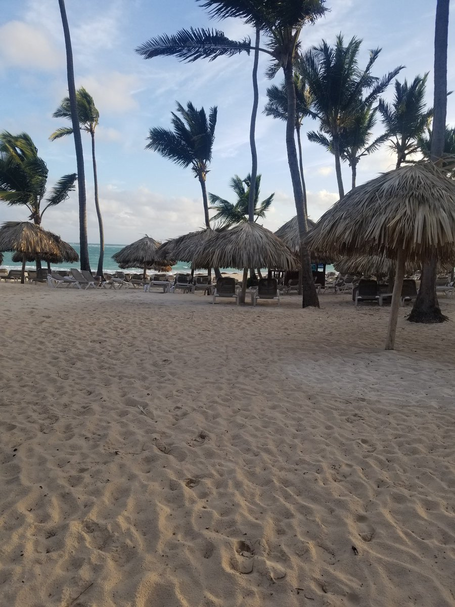 Missing the #DominicanRepublic today. #p...