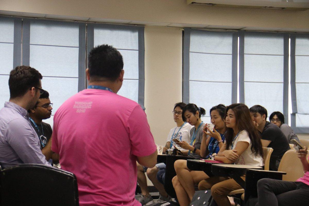 test Twitter Media - จบลงแล้วนะคะสำหรับ Special session #track3 หัวข้อ The future of WordPress #wcbkk https://t.co/aeHzQCx9mI