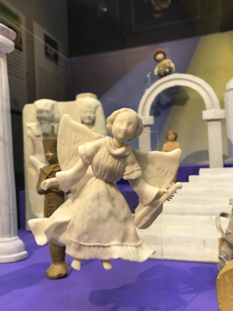 メトロポリタン美術館の撮影に実際に使われた人形。これはなかなかレアだぞ…