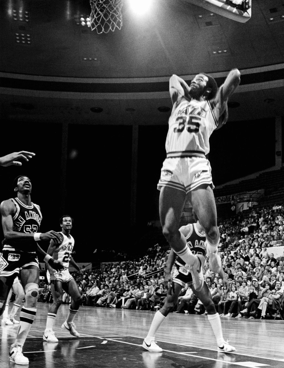 065c363e3 donovan mitchell paying homage to dr dunkenstein the great darrell griffith  of the a terrific college