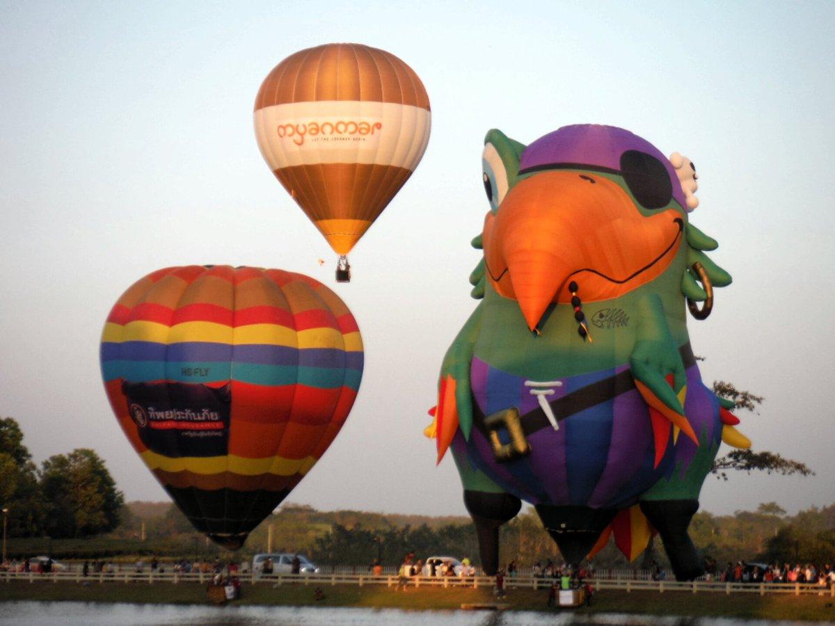 Balloon นานาชาติ ที่ Singha Park #reviewthailand  #reviewchiangrai  #singhapark #balloon #เที่ยวเมืองไทยไปเมื่อไหร่ก็ดี<br>http://pic.twitter.com/8IexHXfy0n