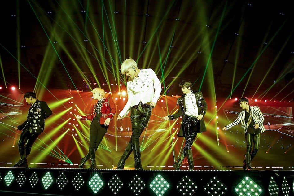 SHINeeは再び立ち上がるーージョンヒョンの功績と4年連続のドーム公演に向けて...