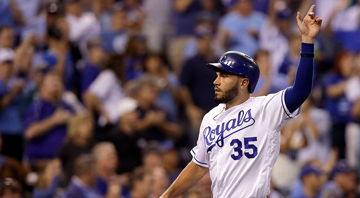 Eric Hosmer leaves KC for 8-year deal wi...