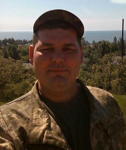 "Oleksandr Hrechuk, call sign ""Yakut"", killed in enemy shelling in war zone on Feb 15. Born in Stepove, Dnipropetrovsk Obl on April 13, 1979. Served in the 503rd Battalion of the 36th Separate Naval Infantry Brigade. Got married recently in summer, 2017. #WarinUkraine"