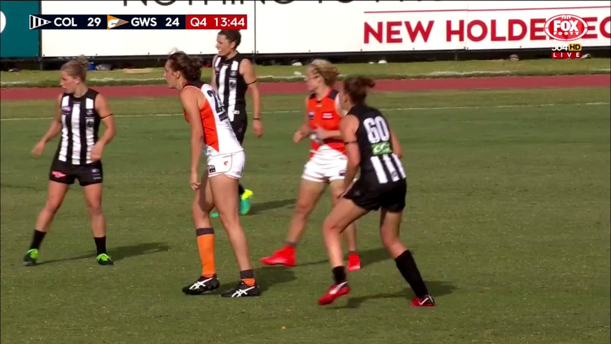 That's a great finish from Courtney Gum!...