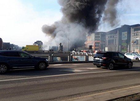 L'incendie à #Bruxelles est maîtrisé https://t.co/dTwP2iSVGk #photos #vidéos