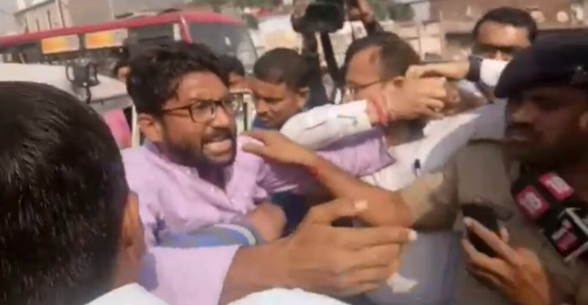 Out to make trouble, Jignesh Mevani held, misbehaves with policeman on duty, Ahmedabad-Gandhinagar bandh call fails to evoke response