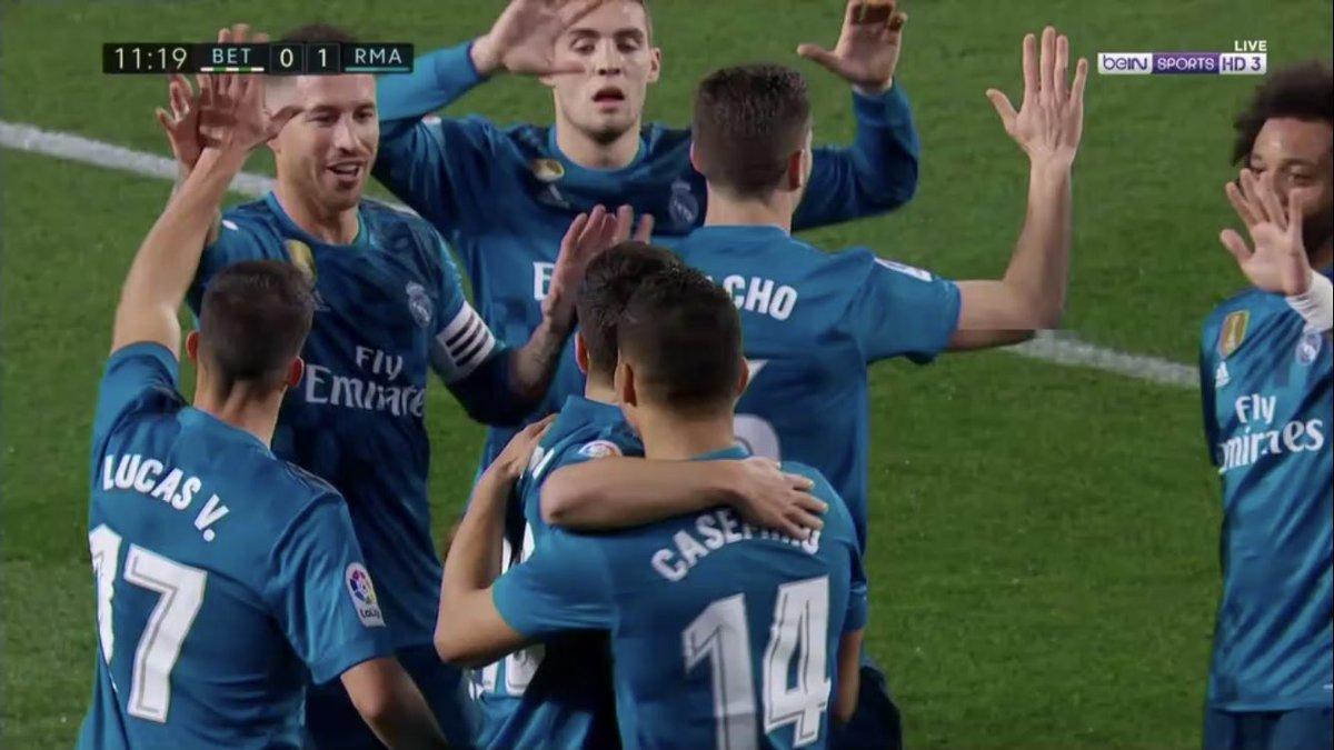 هدف ريال مدريد الأول فى شباك بيتيس - أسينسيو