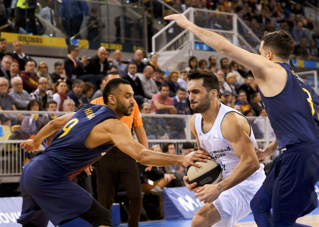 #CopaACB 🏀 Descanso. Real Madrid 34 - Ba...