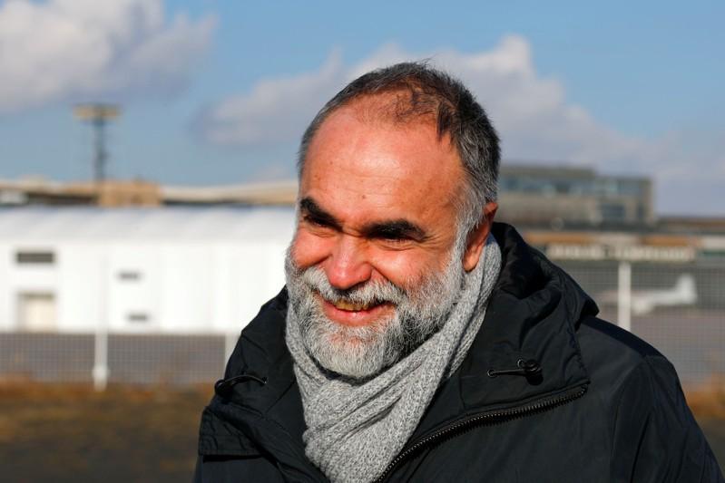 Refugiados inspiram diretores no Festival Internacional de Cinema de Berlim https://t.co/n9HrFgOAKW #entertainmentNews