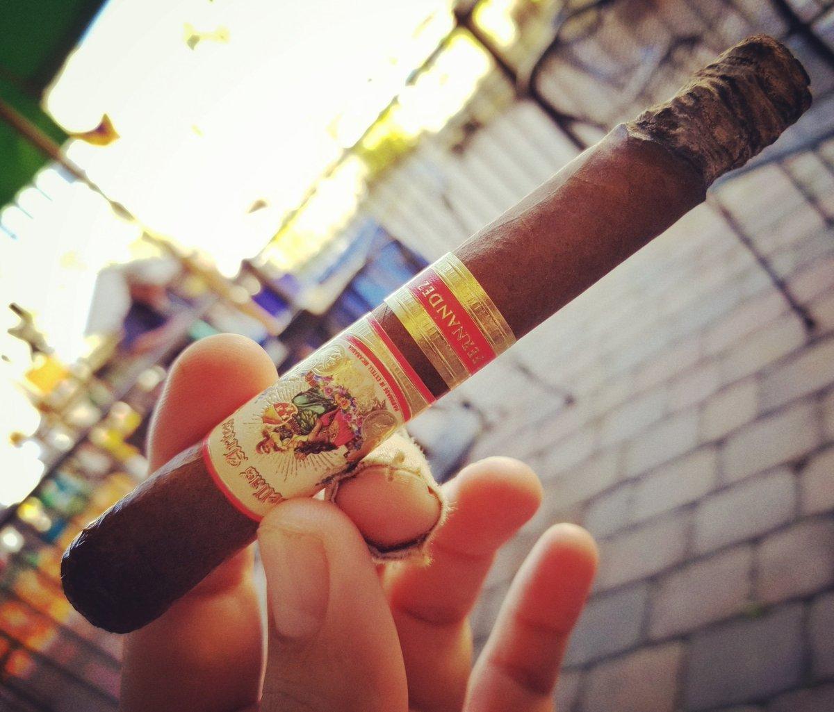 #BellasArtes by #AJFernandez -- a great #cigar! Laissez les bon temps rouler! #MardiGras #PalmCoast  - FestivalFocus