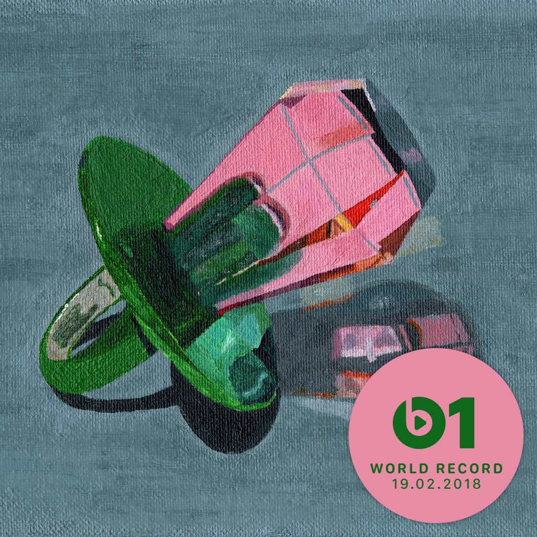 RT @SPRORGNSM: 📅 TOMORROW 📅 📱 REFLECTIONS ON THE SCREEN 📱 💿 WORLD RECORD ON @Beats1 💿 https://t.co/TzJX2kpsau