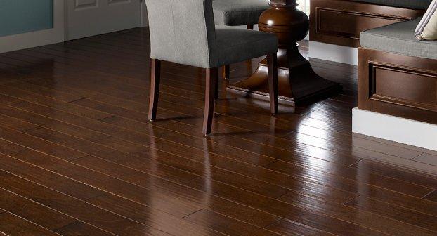 Retweet if you love dark, rich hardwood flooring! (pictured: Ravenwood by Dabbieri)  #Staatsburg #StaatsburgNY