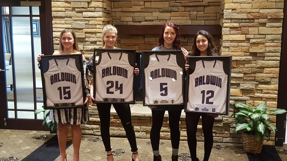 Thank you to the players, coaches, and parents for a great basketball season this year.  The 2017-18 banquet was wonderful today.  Good luck to our seniors.