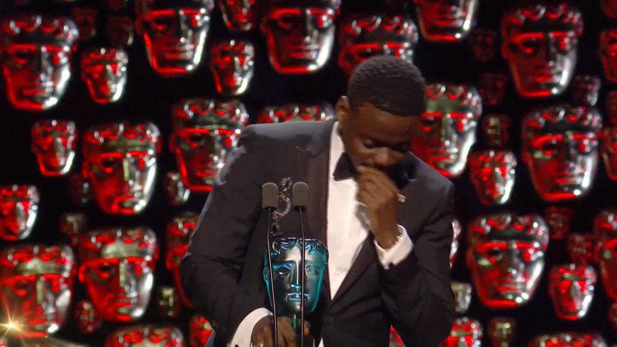 Daniel Kaluuya makes an emotional #EERis...