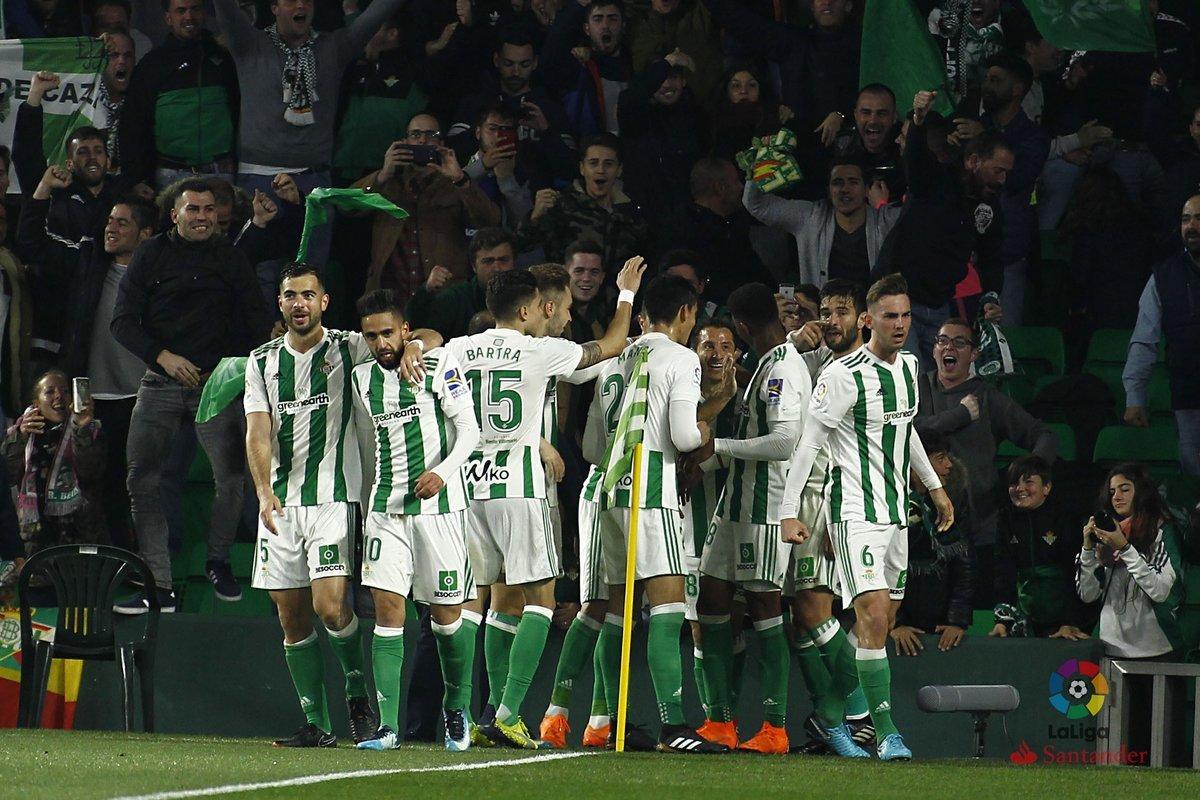 هدف ريال بيتيس الثاني فى شباك ريال مدريد - ناتشو فى مرماه