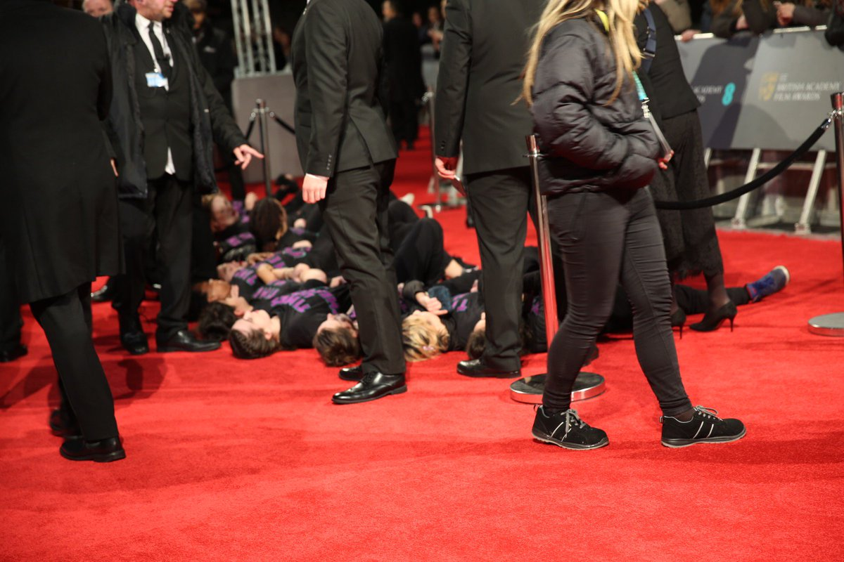 Refuge budgets have been slashed by almost a quarter, resulting in 1,000 women and children being turned away by refuges over a six-month period, according to @TBIJ. Just one reason why we crashed the #EEBAFTAs red carpet to say #TimesUp thebureauinvestigates.com/blog/2017-10-1…